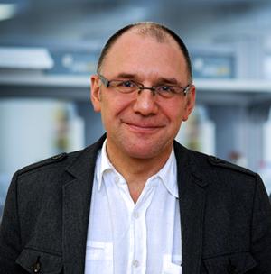 prof. dr hab. Jacek Bigda