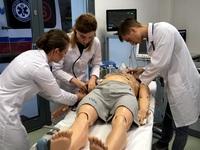 Podczas zajęć w Centrum Medycyny Symulacyjnej