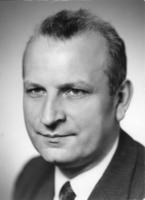 prof. Leon Żelewski