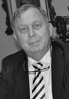 dr n. med.  Jacek Szostakowski